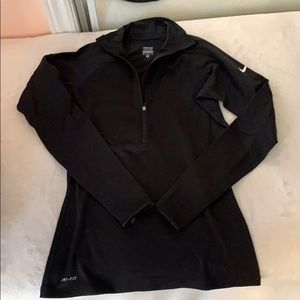 Nike dri-fit thermal long sleeve - size M